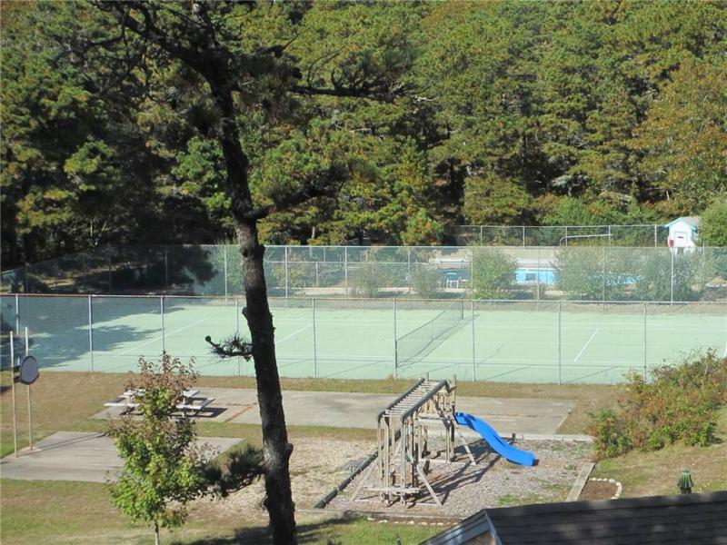 Cottage community tennis court