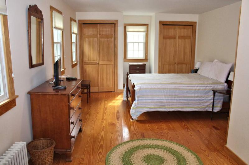 Second floor master bedroom with full