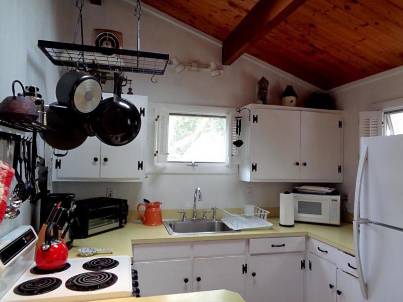 Well equipped kitchen with skylight