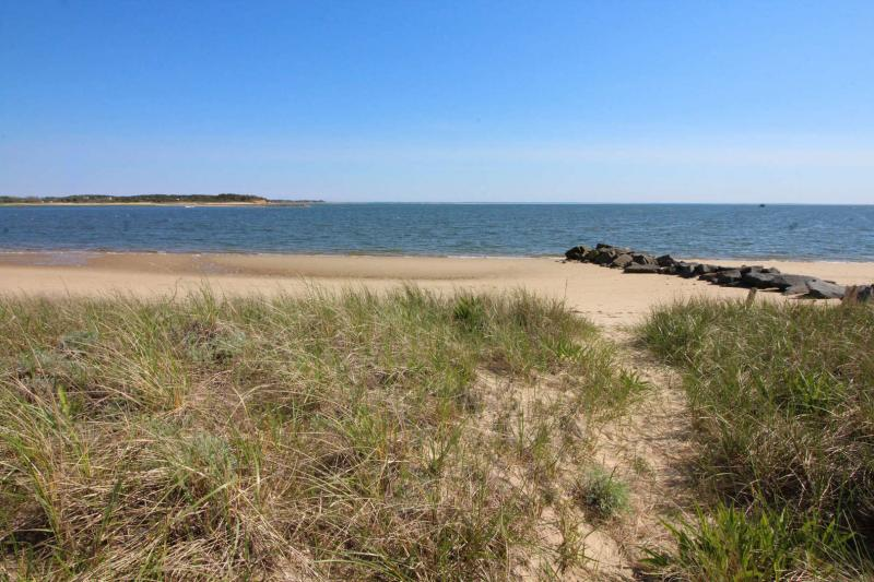 The bay beach on Wellfleet Harbor is just across the street