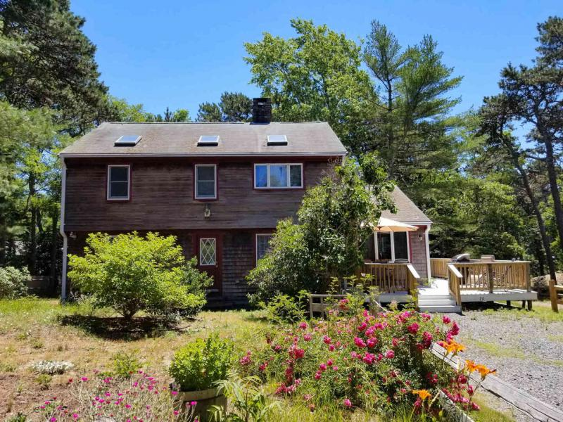 Conveniently located house in Wellfleet