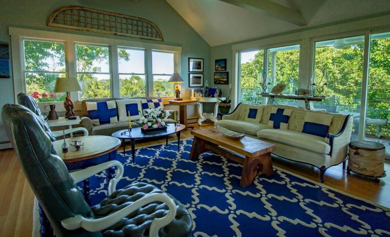 Amazing panoramic views from living room