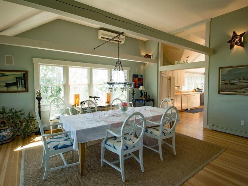 Dining room with seating for everybody