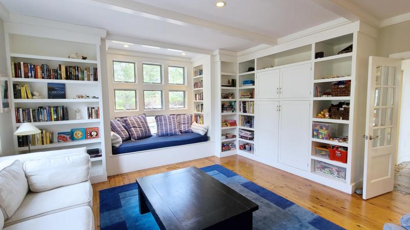 Family room with TV and comfortable seating