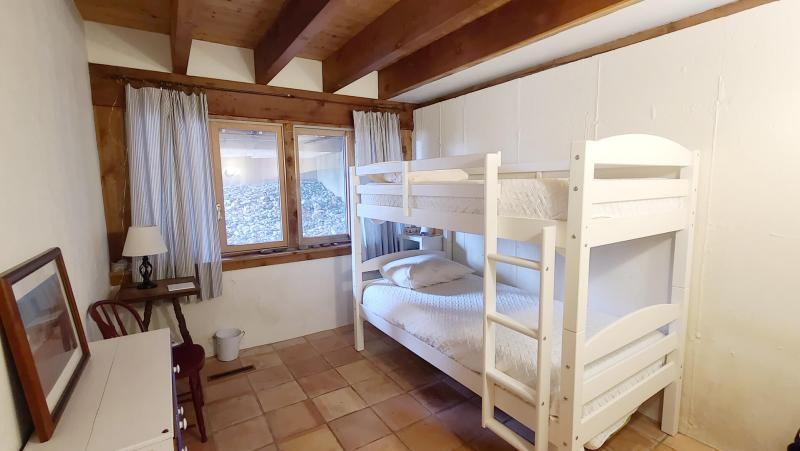 Lower level bedroom with bunk bed