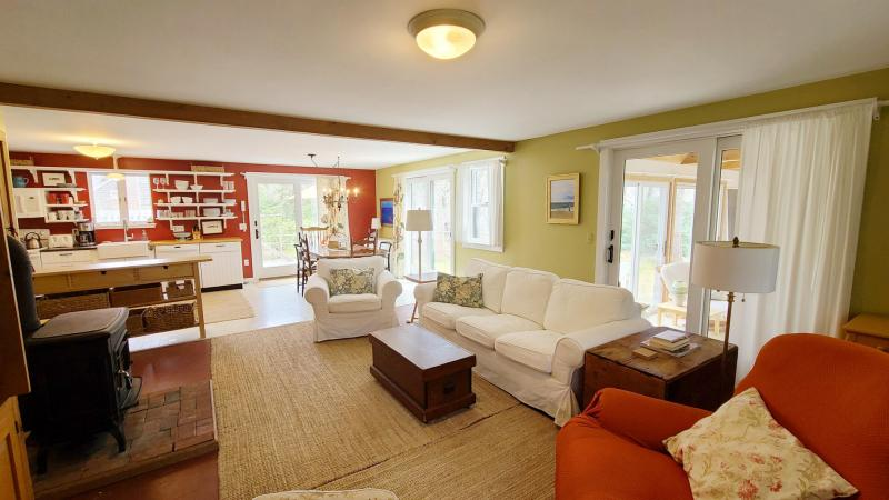 Open and comfortable main living area