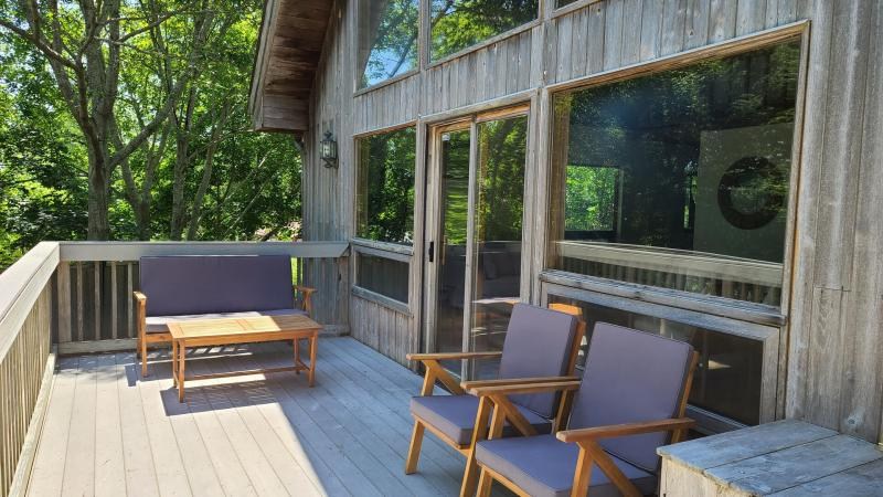 Front deck with outdoor furniture