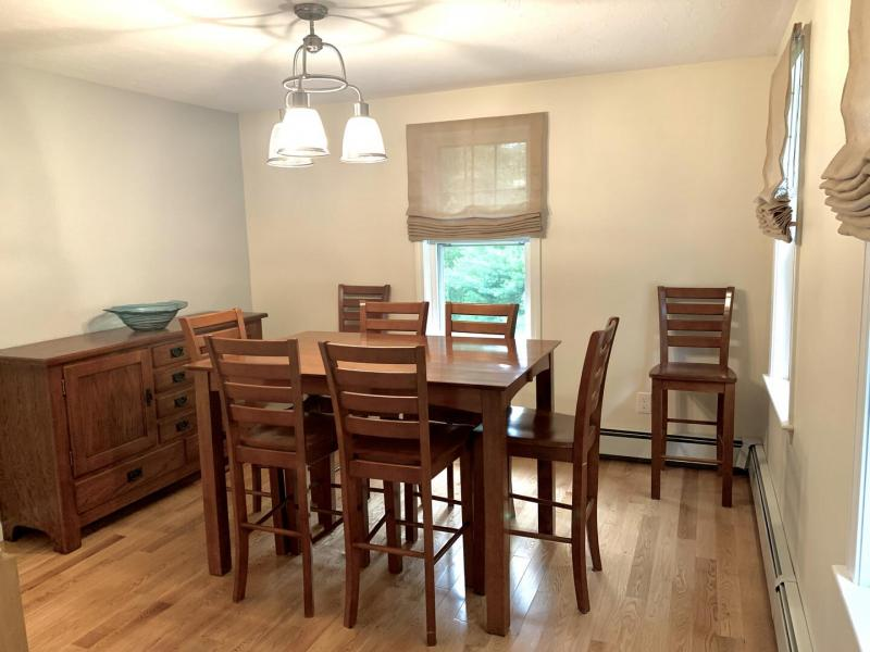 Dining Room for 6