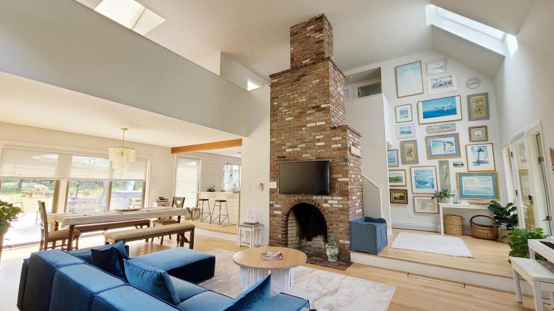 Open and airy space with vaulted ceiling