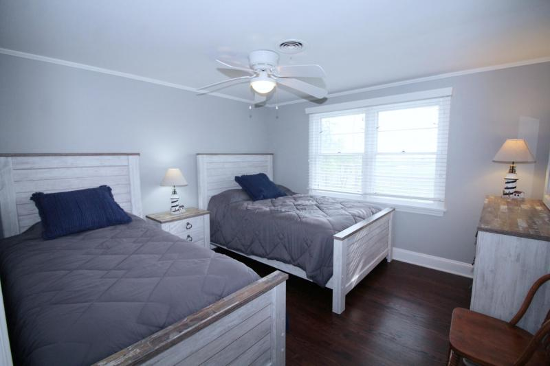 First floor bedroom with twin and double has Blackfish Creek vie