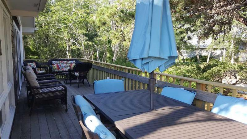 Large front deck has views of Loagy Bay