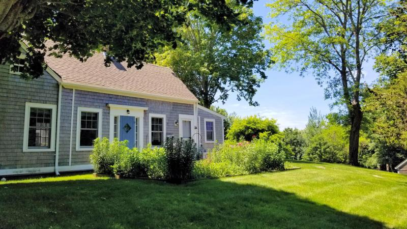 Beautiful grounds with mature plantings