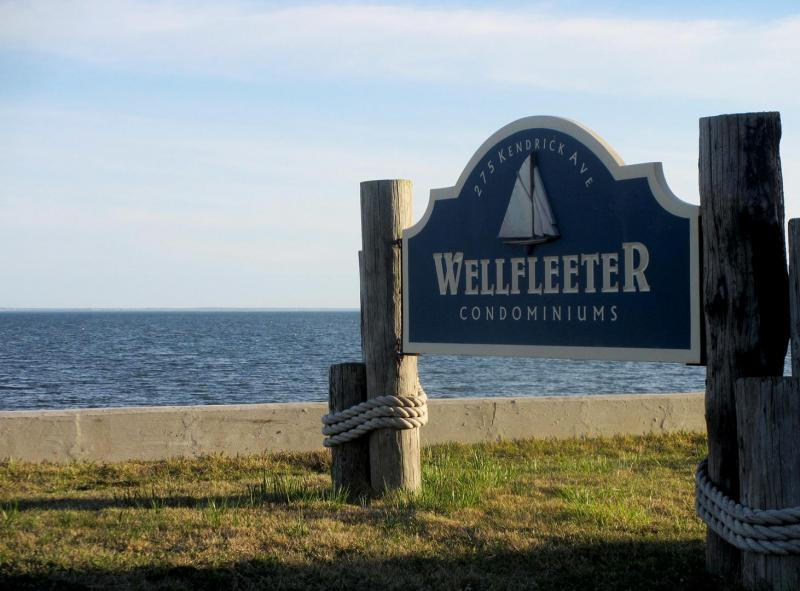 The Wellfleeter is only a short distance to the pier