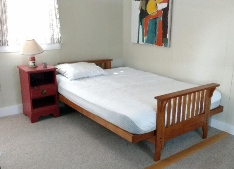 Bedroom with twin and futon full