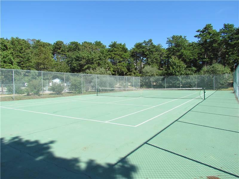 Whitman Cottages tennis court