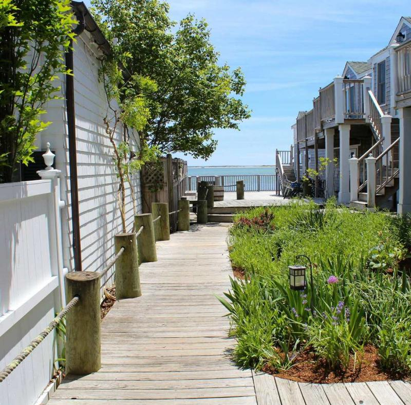 Walkway to common waterfront deck
