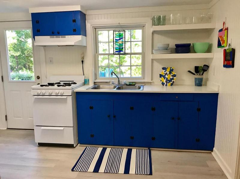 Open and nicely equipped kitchen