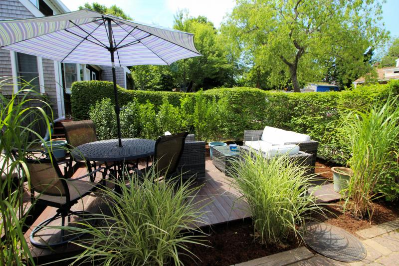 Front outdoor space is private and comfortable