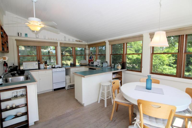 Plenty of space in the kitchen and dining area