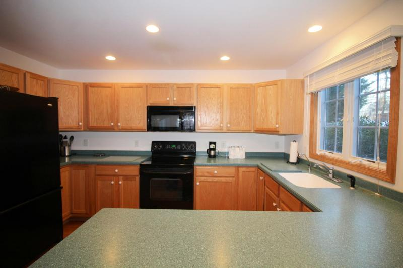 Well equipped kitchen with plenty of counter space