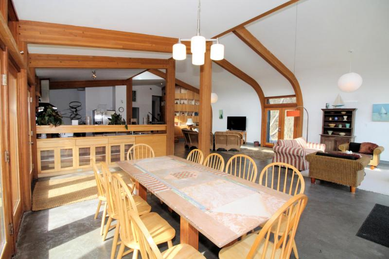Dining area just off kitchen