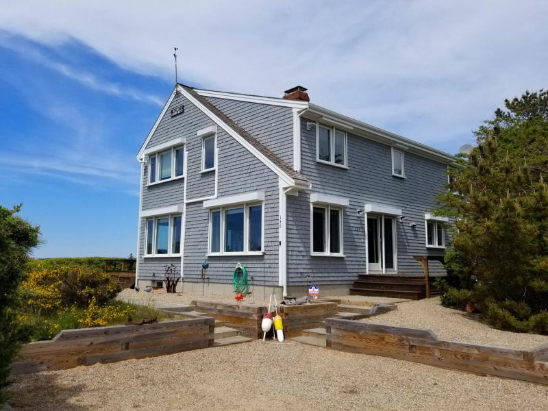 Lovely home with direct beach access and amazing views